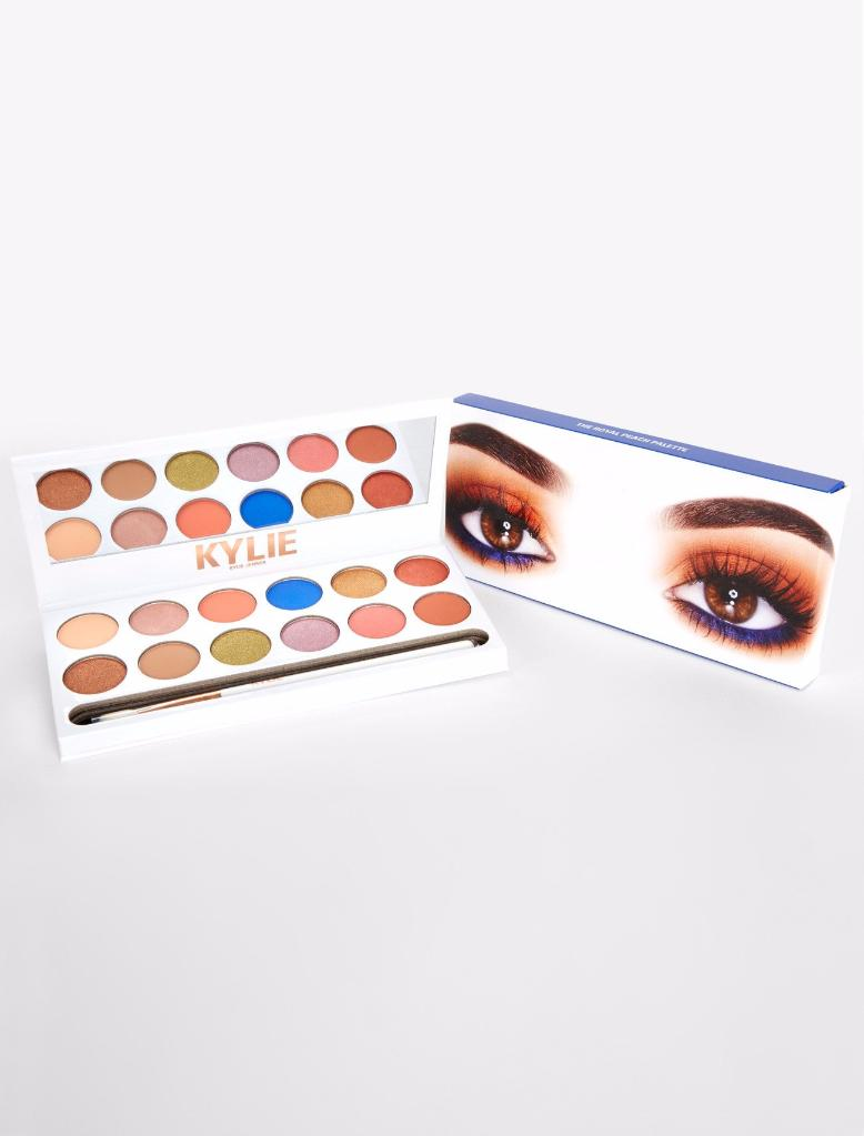 EYES - Eyeshadow Palettes And Eye Makeup