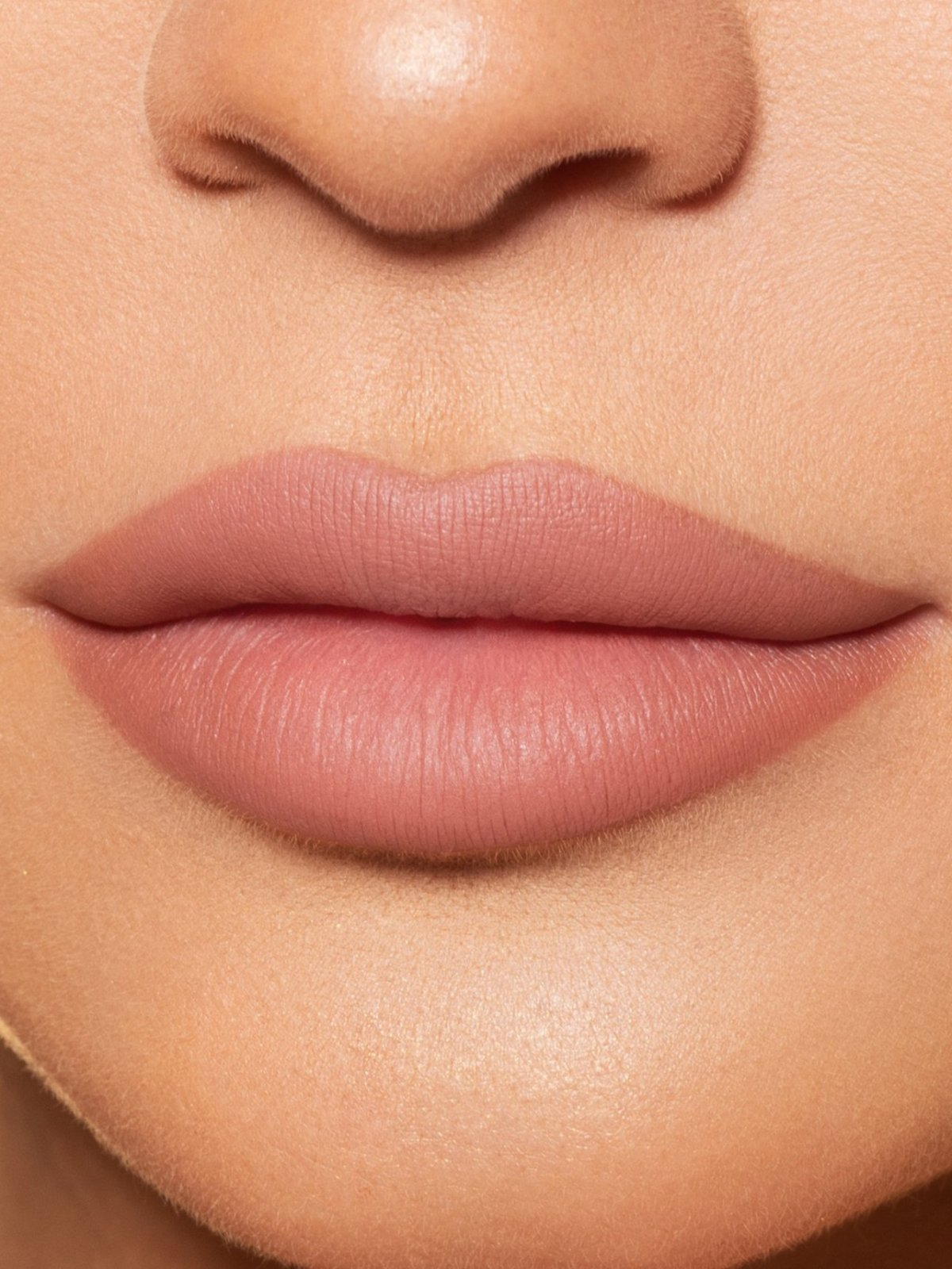 Perfect nude body mouth