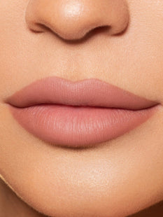 Kylie | Matte Lip Kit - Kylie Cosmetics by Kylie Jenner