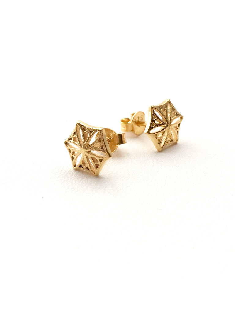 Colorado Snowflower Studs in Gold
