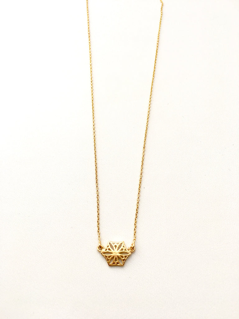 Colorado Snowflower Necklace in Gold