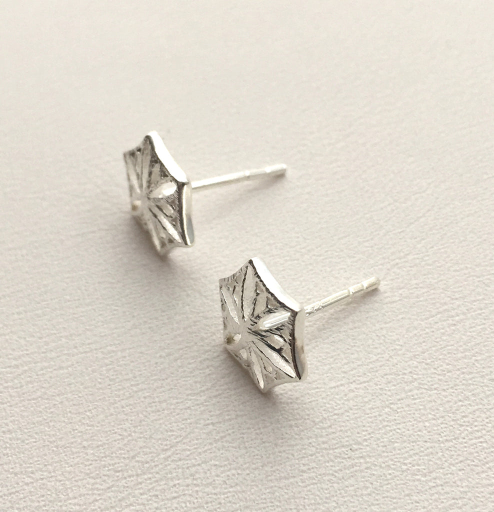 Colorado Snowflower Studs in Silver