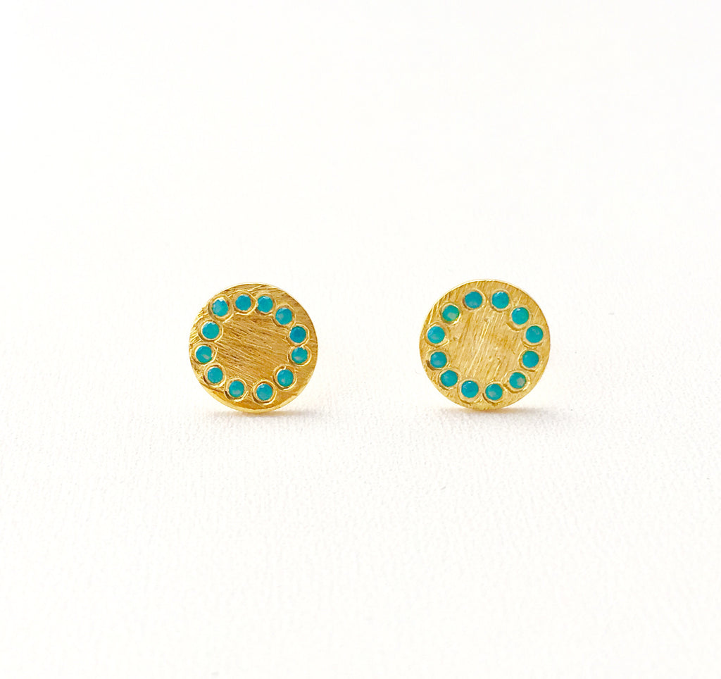 Shield Earrings in Gold