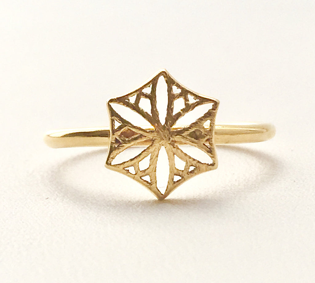 Colorado Snowflower Ring in Gold
