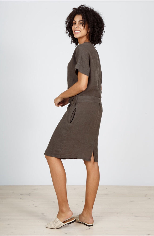 COASTING SHIFT DRESS - CHARCOAL