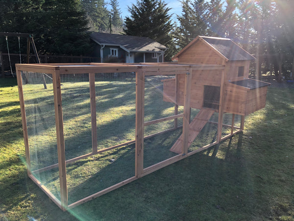 RESORT Chicken Coop     In Stock and Ready to ship LIMITED Quantity