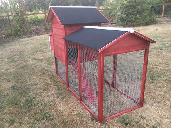 The LODGE Coop in stock in Barn Red