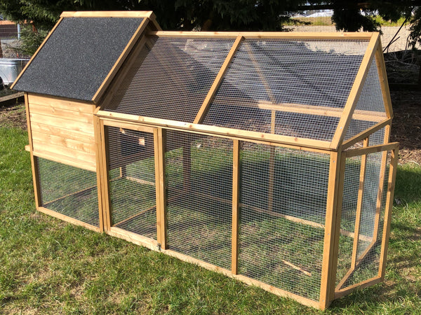 KONA COOP for 6-8 Hens:   PRE-ORDER ETA Mid to late August  SHIPPING