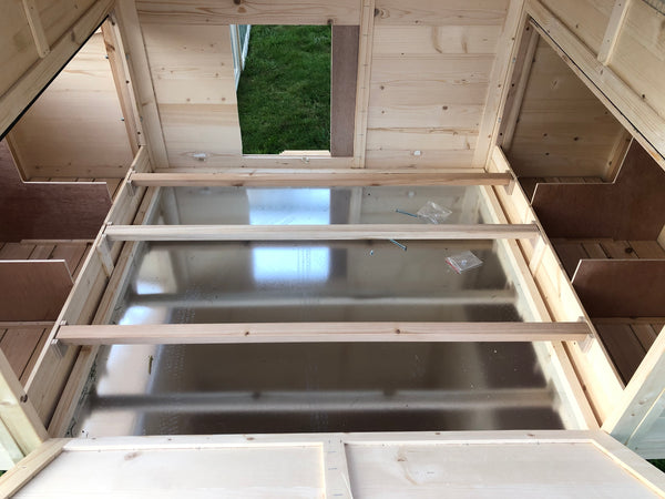 RESORT Chicken Coop  IN STOCK READY TO SHIP