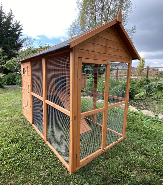 NEW FarmHouse Coop.  Light Brown New Larger Size!!