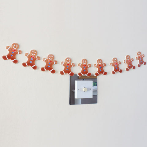 9 Piece Gingerbread man Christmas Garland Decoration