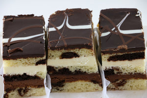 Double Cheesecake (Vanilla and Chocolate) - 24SEVENS
