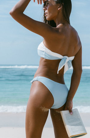 SUNBEAM Sustainable Bikini in blue and white