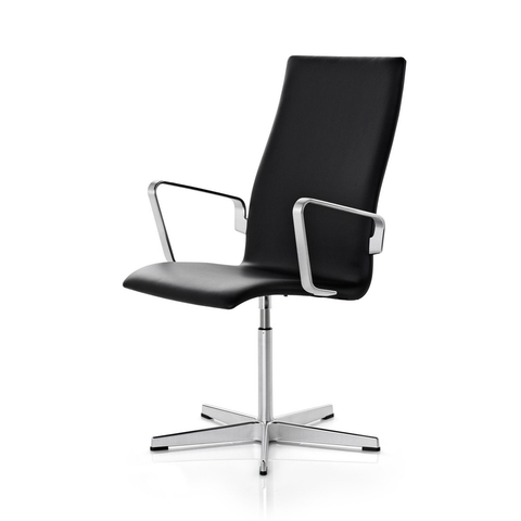 Fritz Hansen - Oxford™ Classic Armchair Medium - Lekker Home - 1