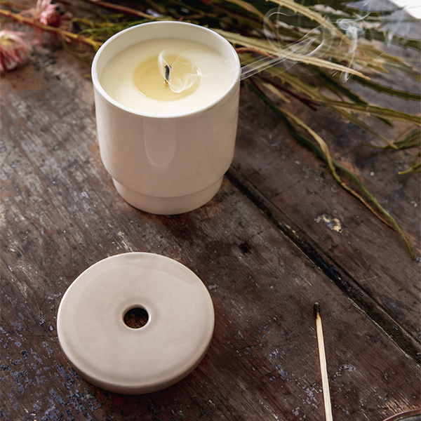 Pure White Neutral Sky Candle