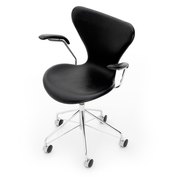Fritz Hansen - Series 7 Swivel Armchair - Color - Lekker Home