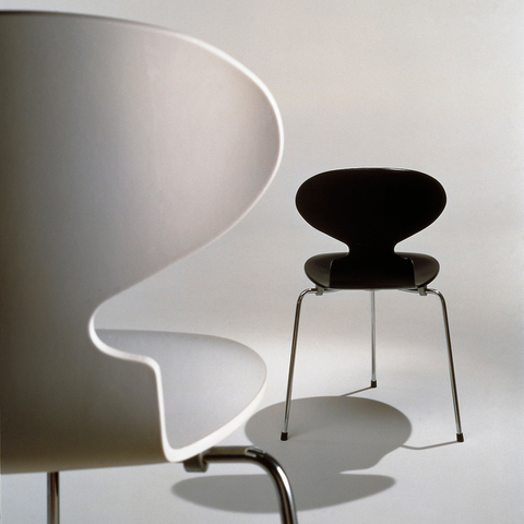 Fritz Hansen - Ant Chair 3 Legs - Wood - Lekker Home