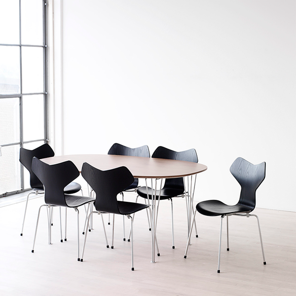 Fritz Hansen - Grand Prix™ Dining Chair - White Colored Ash / Chromed Base - Lekker Home