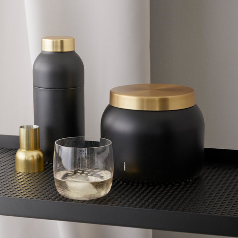 Stelton - Collar Cocktail Shaker & Measuring Cup - Lekker Home