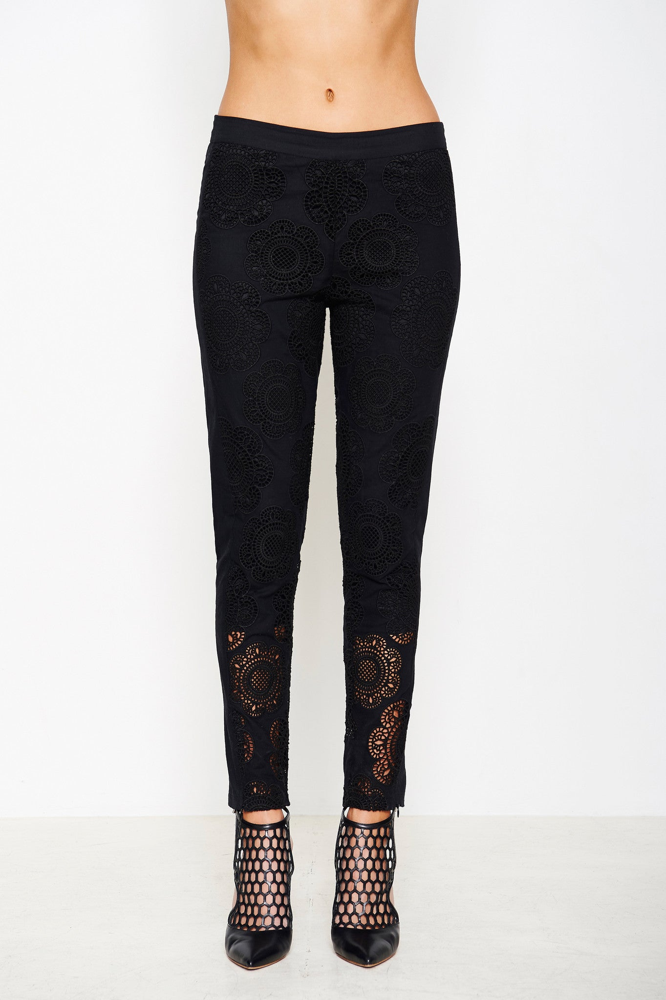 CROCHET EMBROIDERED PANT