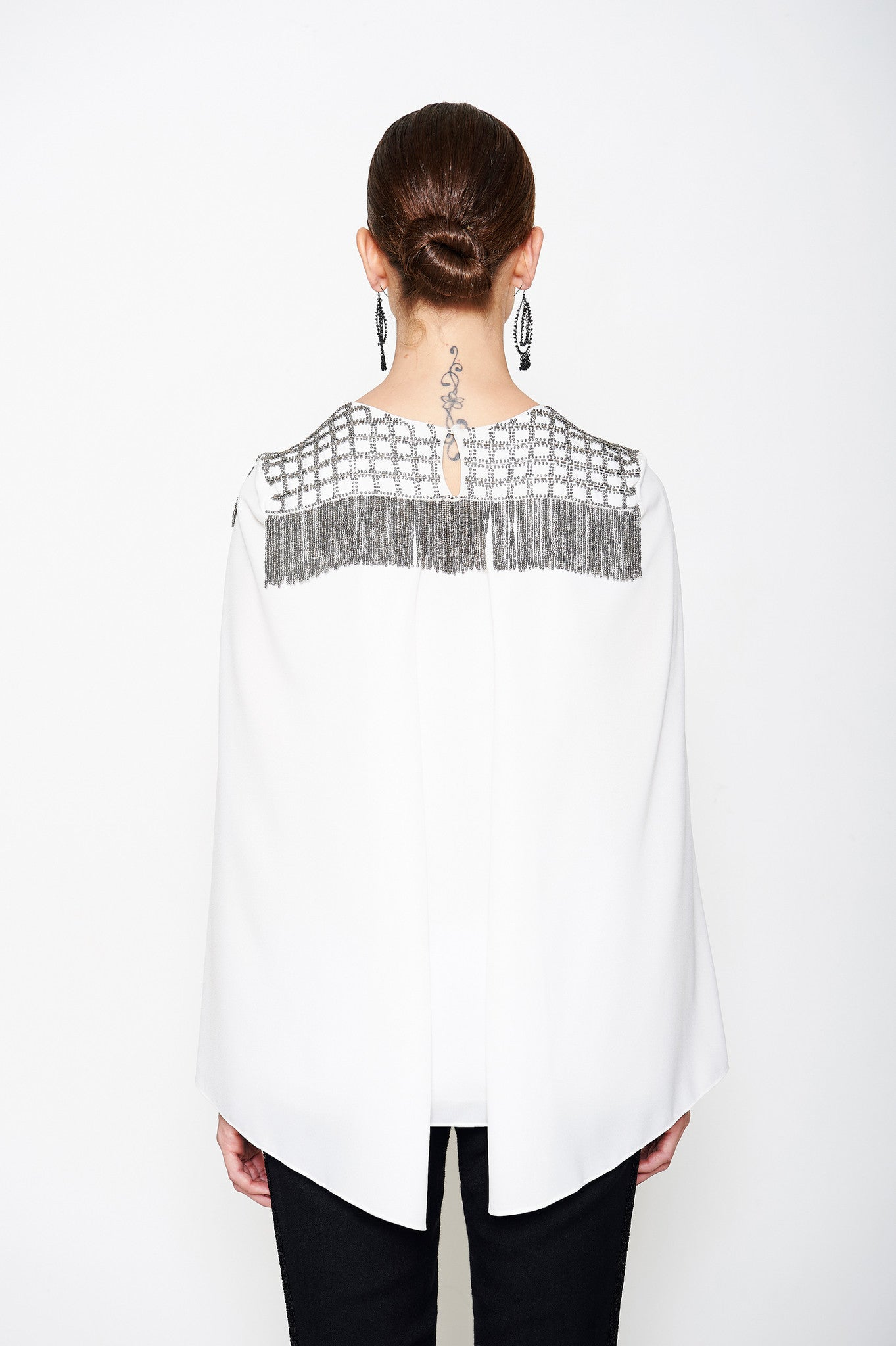 CAPE FRINGE TOP