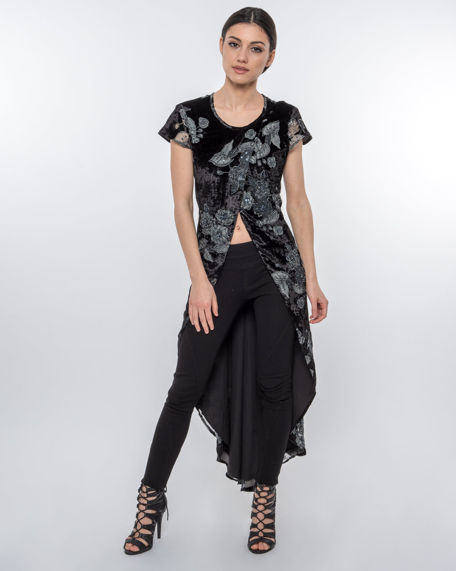 CROSSOVER PRINTED BEADED VELVET TOP