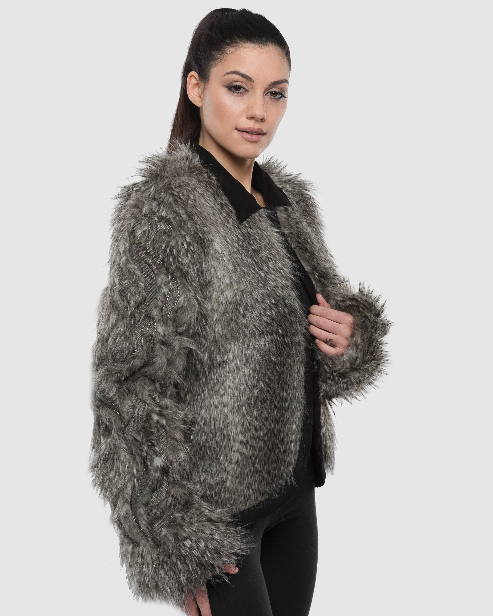 FAUX FUR SLEEVE BEADED JACKET