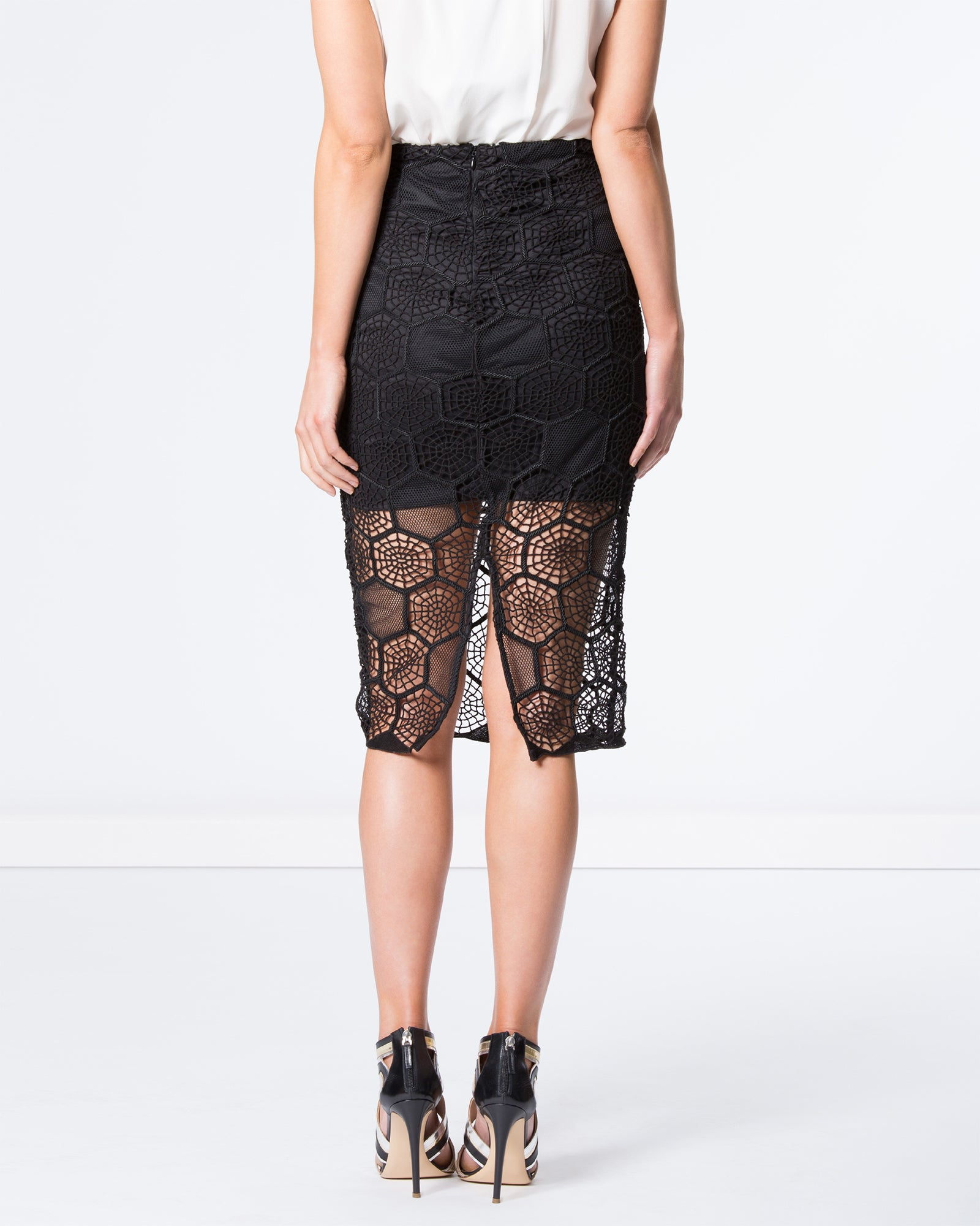 HONEYCOMB MESH SKIRT