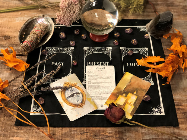 Altar cloth and 3 ritual cards