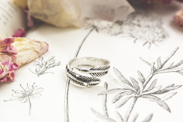 Feathery Ring