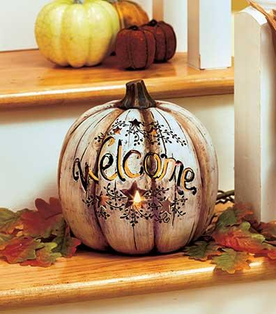Holiday Country Lighted Welcome Pumpkin - Cortez Candle's