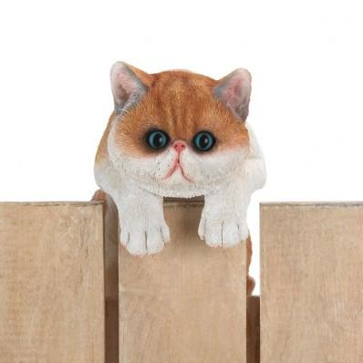CLIMBING FENCE BIG-EYED KITTEN GARDEN DECOR - Cortez Candle's - 1
