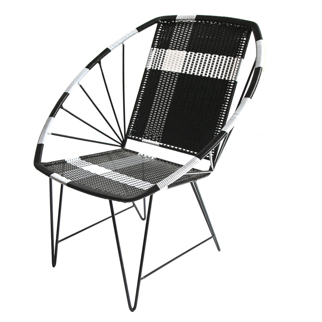 *WOVEN CHAIR BLACK* Handwoven metal chair - Lili Pepper