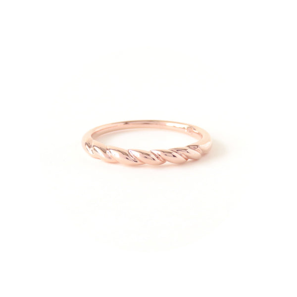 The Contour Ring in Rose Gold