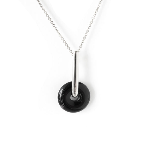 The Halo Pendant in Silver with Agate