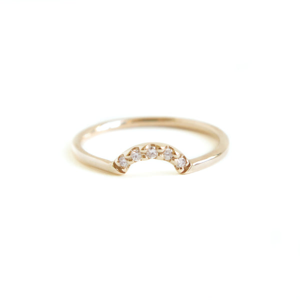 Diamond Arch Band in Yellow Gold