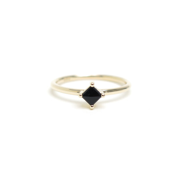Four Claw Princess Cut Black Spinel Ring in Yellow Gold