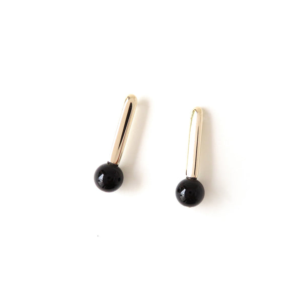 The Droplet Earrings in Yellow Gold with Agate