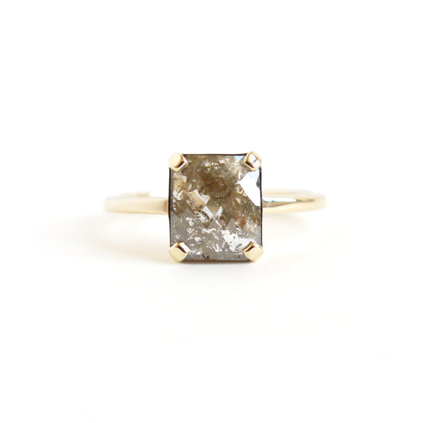Brown Checkerboard Diamond Ring