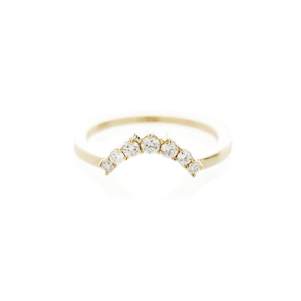 Tapering Diamond Arch Band
