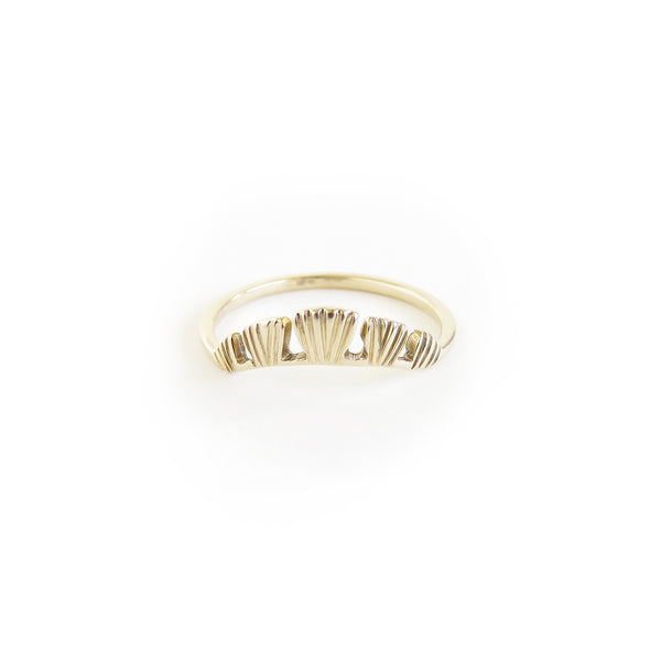 The Coral Ring in Yellow Gold