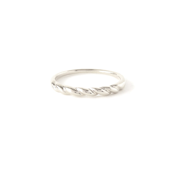 The Contour Ring in Silver