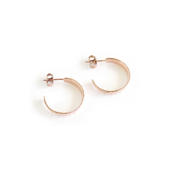 Limpet Hoop Earrings in Rose Gold