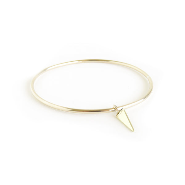 The Klipvis Bangle in Brass