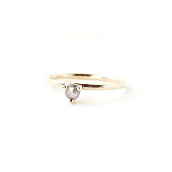 3 Claw Grey Diamond Ring
