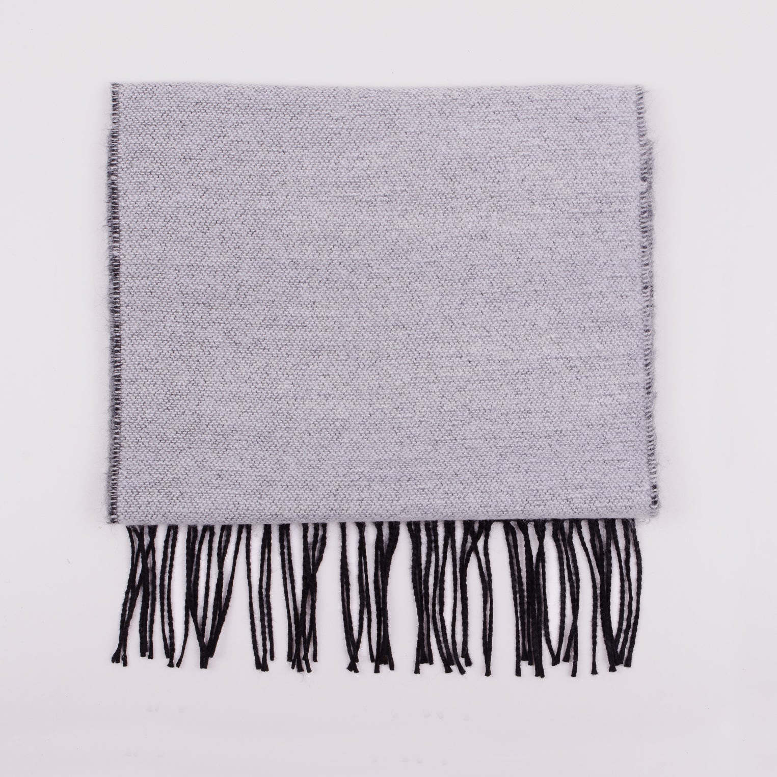 UNIVERSAL WORKS DOUBLE SIDED SCARF - WHITE/BLACK