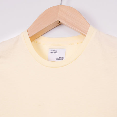 COLOURFUL STANDARD WOMEN'S LIGHT ORGANIC TEE - SOFT YELLOW