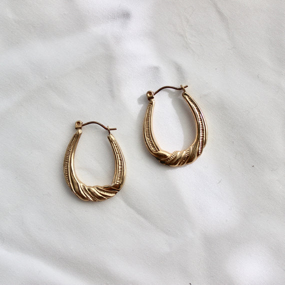 VINTAGE SMALL GOLD TWIST DROP HOOPS