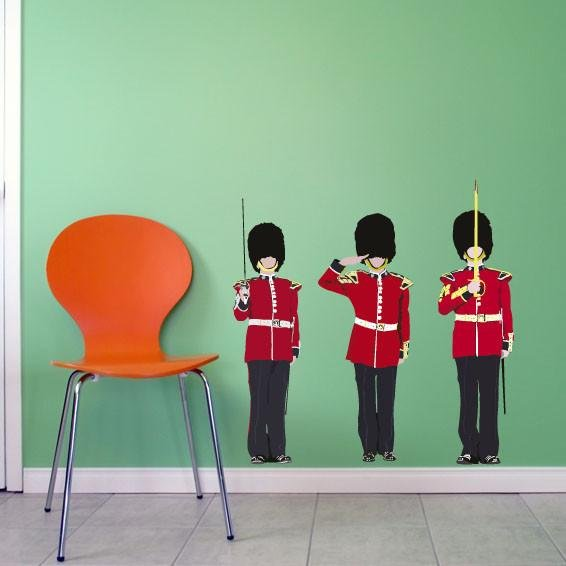 ATWS7 - THE QUEEN'S GUARDS REMOVABLE WALL STICKERS. LONDON SET HOME WALL DECAL - Art Fever - Art Fever