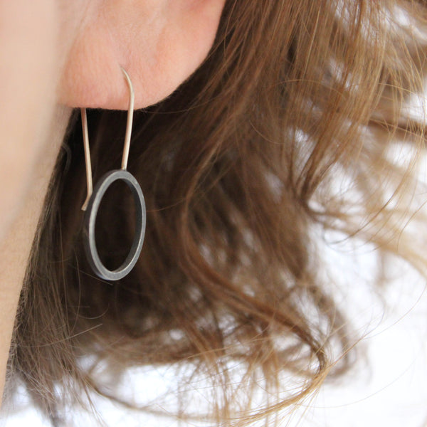 Minimalist Short Black Circle Earrings